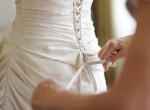 Ásó, kapa, vészharang: fotókon minden idők legrondább esküvői ruhái