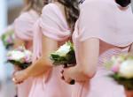Felbolydult az internet: képes volt ilyen ruhában megjelenni barátnője esküvőjén