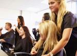 Szexi színek, vagány fazonok: Fotókon az ősz legnagyobb frizuratrendjei