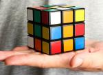Látványos és finom: Itt a Rubik-kocka torta - Akár te is elkészítheted!