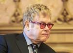 Súlyos betegséggel küzd Elton John, rajongói aggódnak érte