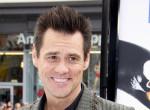 Friss szelfijén fel sem ismered Jim Carrey-t! Bujkál - Fotók