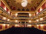 Évek óta üresen áll, most végre felújítják Budapest legendás színházát