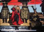 Bottal jár Madonna - Az énekesnő már a koncertjeit is lemondta