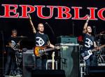 Gyászol a Republic zenekar - Közösségi oldalukon jelentették be a tragikus hírt