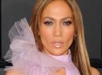 Ez szörnyű! Jennifer Lopez kitörte a fogát koncertje kellős közepén