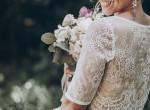 Szívszaggató: a nő esküvőjén felolvasta fogadalmát, mostohafia durván zokogni kezdett
