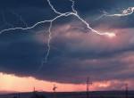 Veszélyjelzés, viharok, zivatar: ezeket a megyéket érinti a riasztás