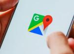 Kínos helyzetben szúrta ki a Google Térkép a nőt a háza előtt