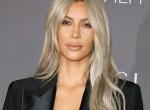 Erre az olcsó krémre esküszik Kim Kardashian a narancsbőr ellen