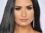 Meglepetés! Így néz ki a drogtúladagolása után Demi Lovato! - Fotó