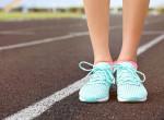 Nyomot hagy a zokni a lábadon? 4 betegség, aminek ez lehet az előjele