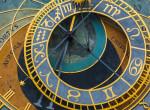 Napi horoszkóp: A Vízöntő meditáljon egy kicsit - 2019.12.20.