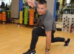 A vékony derék és feszes popsi titka: zsírrobbantó gyakorlatok az edzőtől