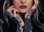 Ilyen nincs: egy Instagram trend miatt tetováltatta ki az arcát ez a fiatal lány