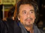 Rendesen meg van zuhanva -  Al Pacino pocakos, kócos papává öregedett