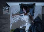Túl meleg van és nem tudsz aludni? Vesd be ezeket a praktikákat