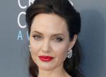 Sosem múló szerelem? Angelina Jolie életét még mindig Brad Pitt irányítja