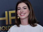 Durván megváltozott: Tűzvörös hajra váltott Anne Hathaway - Fotók
