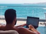 A világ legmenőbb melója - Egy ausztrál milliomos keresi az asszisztensét