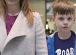 Így látja egy autista gyerek a plázát: Te kibírnád, amit ő? - Videó