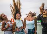 Falatnyi ruhák, extrém szettek: Ők Balaton Sound legdögösebb csajai - Fotók