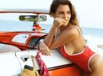 Szégyenlős vagy a strandon? Ezekkel a kiegészítőkkel tökéletes alakod lesz