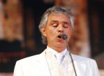 Ingyen ad koncertet Andrea Bocelli húsvét alkalmából