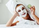 Őrizd meg arcod fiatalosságát: Így ápold bőröd a húszas éveidben!