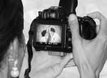 Nem hitt a szemének a nő, mit szúrt ki az esküvői fotóin