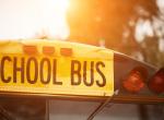 Csodaszép otthont varázsoltak a régi iskolabuszból – Galéria