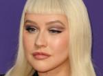 Christina Aguilera ledobta a textilt, mindenkit ámulatba ejtett hibátlan testével - Fotó