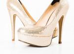 Kezdhetsz spórolni: Ennyibe kerül a világ legdrágább cipője