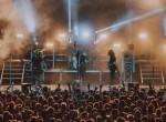Komoly baleset érte a népszerű magyar zenészt koncert közben