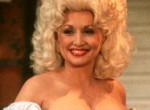 Dolly Partont legyőzte a botox - Rá sem ismerni az egykor dögös énekesnőre