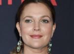 Teljesen elhanyagolja magát: Borzalmasan néz ki Drew Barrymore - Fotók