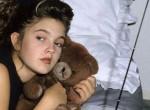 A világ egyik leghíresebb színésznője van a fotón - Felismered ki ő?