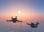 Ez megőrült! 40 méterről, ejtőernyő nélkül ugrott a mélybe egy férfi - Videó