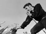 Elvis Presley nagy nőcsábász volt, de ez a gyönyörű színésznő többször kikosarazta