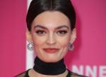 Dögös, karakán, szabálytalan - Emma Mackey, a Netflix új sztárja