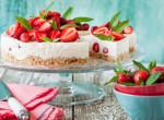 Egy isteni tavaszi nyalánkság, amit sütni sem kell: Epres sajttorta – Recept
