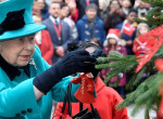 Lehull a lepel - Így ajándékoznak valójában a királyi család tagjai