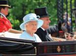 Gyászol Erzsébet királynő, hozzá közel álló embert veszített el