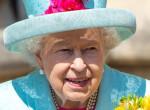 Még a kalapoknál is jobban szereti: Ez Erzsébet királynő kedvenc kiegészítője