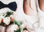 Ne kínozd magad a nagy napon: Ezek a legmenőbb lapos talpú esküvői cipők