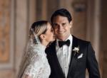 Dupla dinamit: ez a nő két menyasszonyi ruhát is viselt az esküvőjén