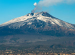Rendkívüli - Kitört az Etna, földrengés Szicíliában - fotók és videók