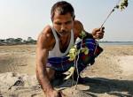 A természet hőse: 40 éven át ültetett fákat ez a férfi egy haldokló szigeten