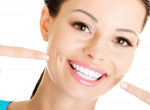 Egyszerű és olcsó - Így lesznek vakítóan fehérek a fogaid