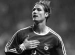 A pályán állt meg a szíve a legendás magyar focistának – Fehér Miklós még mindig csak 42 éves lenne